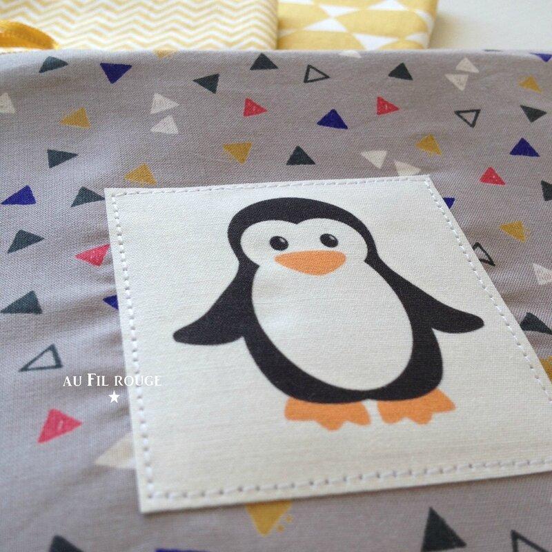 Trousse pingouin détail