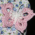 trousse fleurs bleues papillon-crochet blanc rose 5