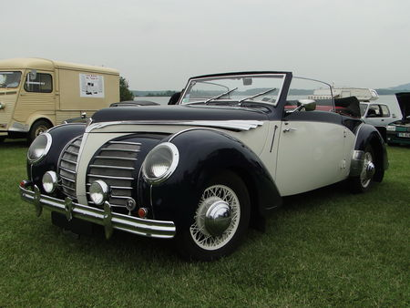 ROSENGART LR539 Supertraction Cabriolet 1939 Retro meus Auto Lac de Madine 2010 1