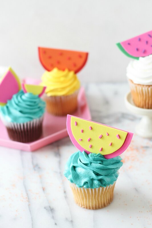feature-image-watermelon-cupcake-toppers-diy