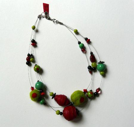 collier rouge vert