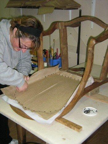 une beaute pour un fauteuil louis philippe l 39 empreinte d 39 elodie. Black Bedroom Furniture Sets. Home Design Ideas