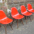 Chaises Charles & Ray Eames...