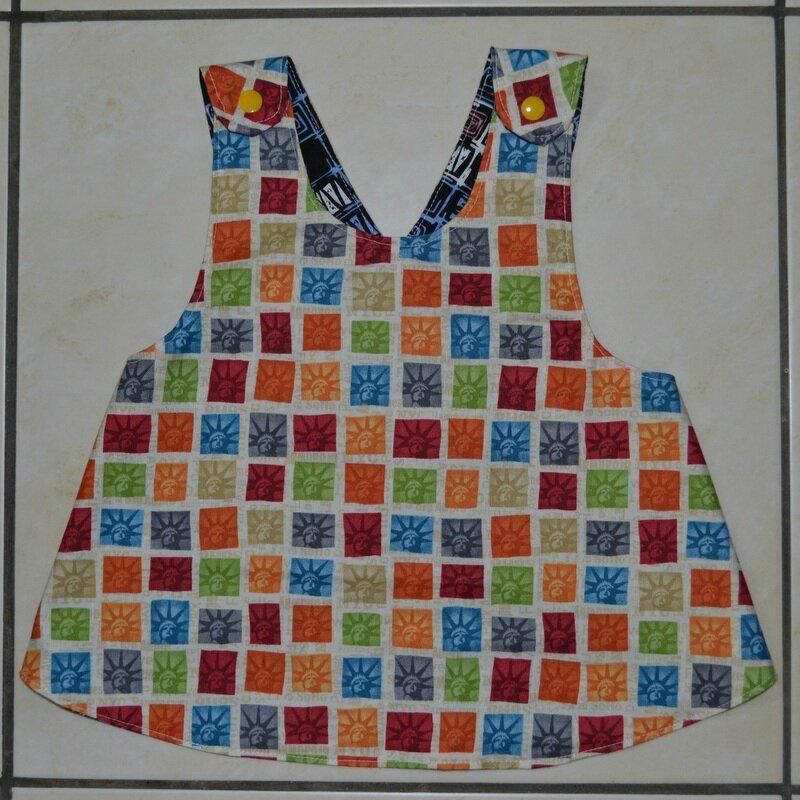 tablier blouse pour b b micky des tissus de la couture. Black Bedroom Furniture Sets. Home Design Ideas