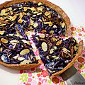 Tarte chou rouge, amandes & chalotes