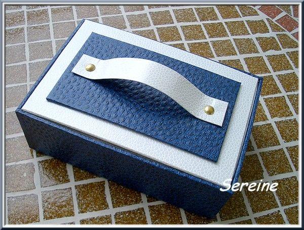Boîte à maquillage (carton de récup)