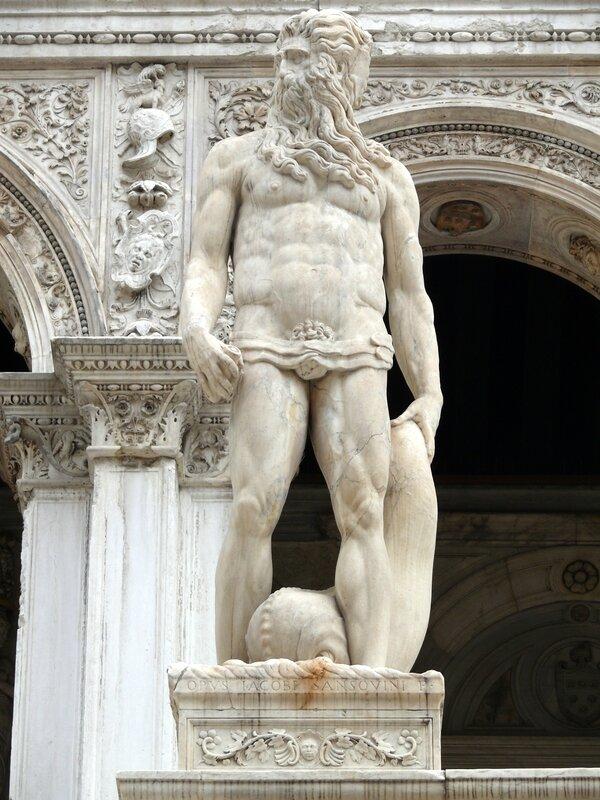 15 09 13 (Venise - Palais des Doges)016