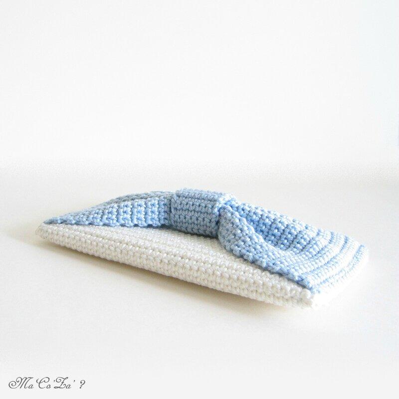 Pochette noeud au crochet 1