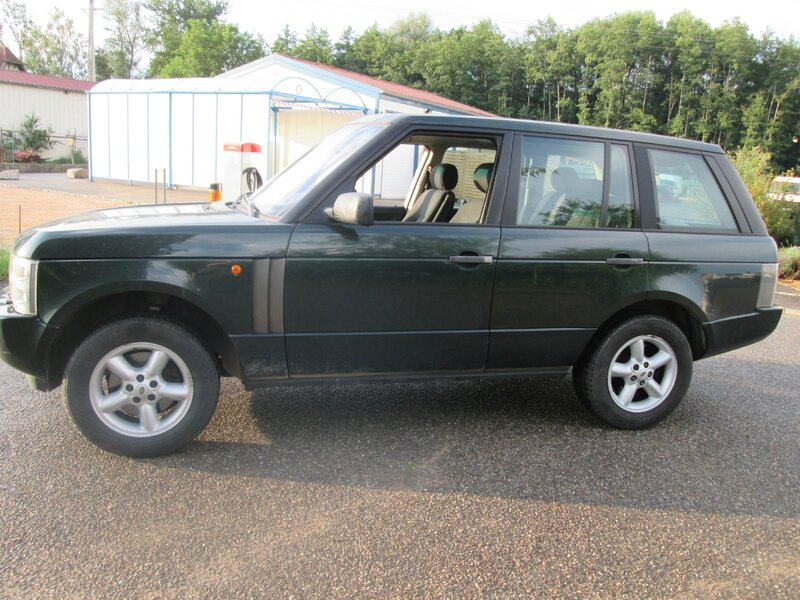 Range rover l322 occasion land rover range rover iii l322 for Garage specialiste bmw 95
