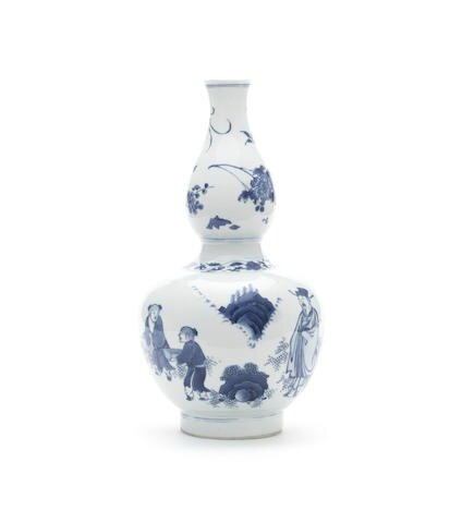 A blue and white double-gourd vase, Chongzhen period