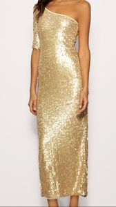 Sequins_gold_dress