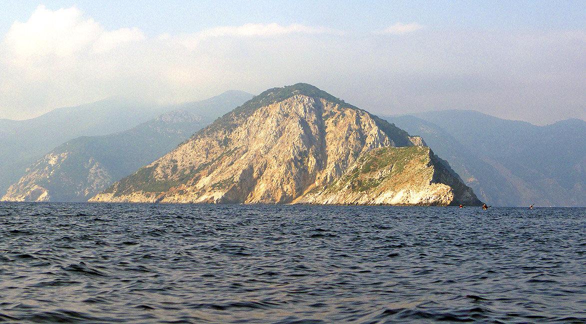 Agios Giorgios et derrière: Skopelos — P1010448_copy