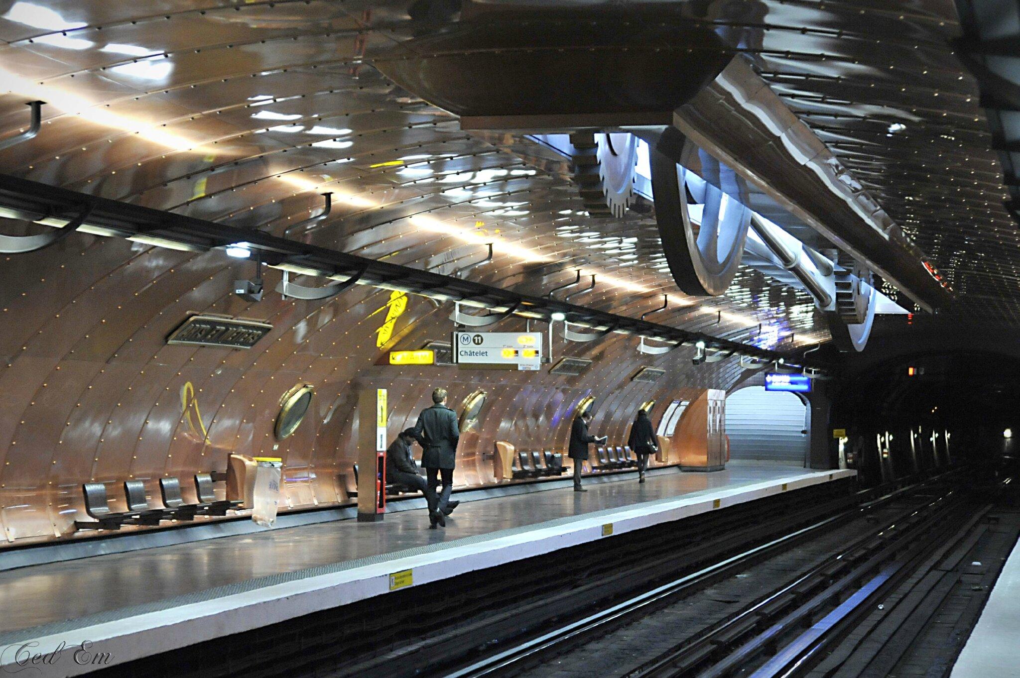 Station Arts et metiers (ligne 11)
