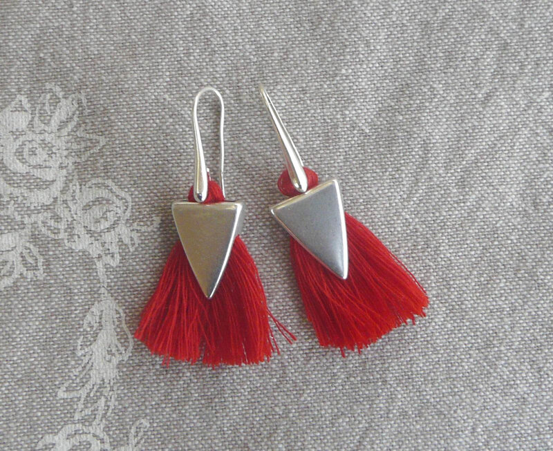 BO pompon rouge 3