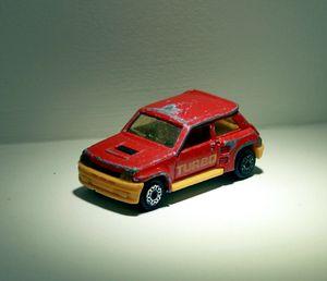 Renault 5 turbo de chez Majorette 01
