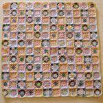144 fleurs carrées
