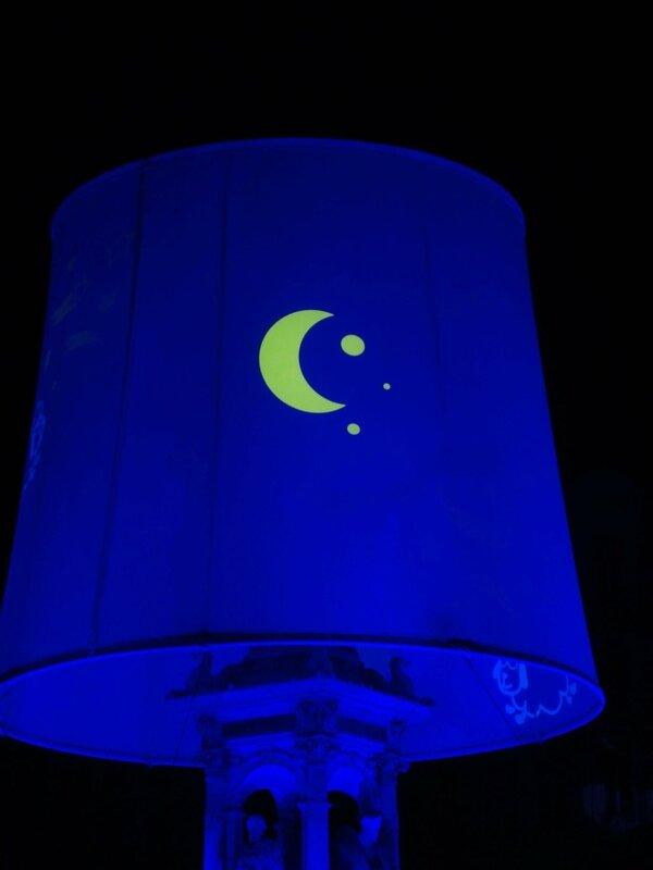 2 Place des jacobins - lampe-boîte à musique