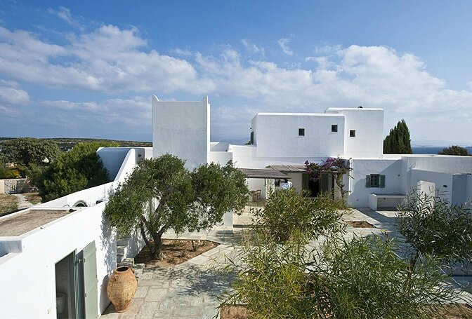 modern_vacation_rentals_paros_greece_006