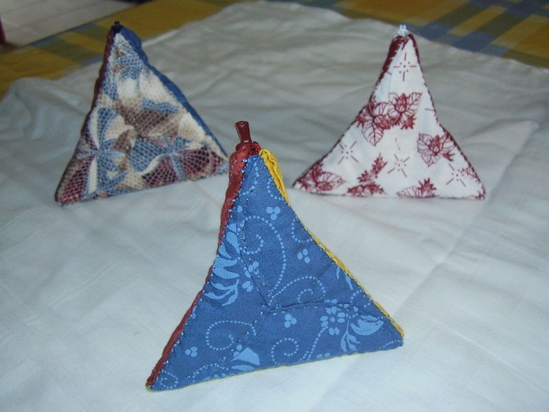 porte-monnaie pyramide