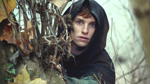 les_piliers_de_la_terre_06_eddie_redmayne_7095798uhpxq