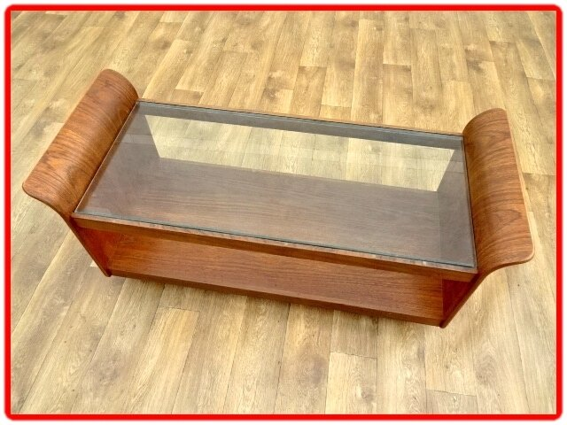 table basse Tulipe G. Plan