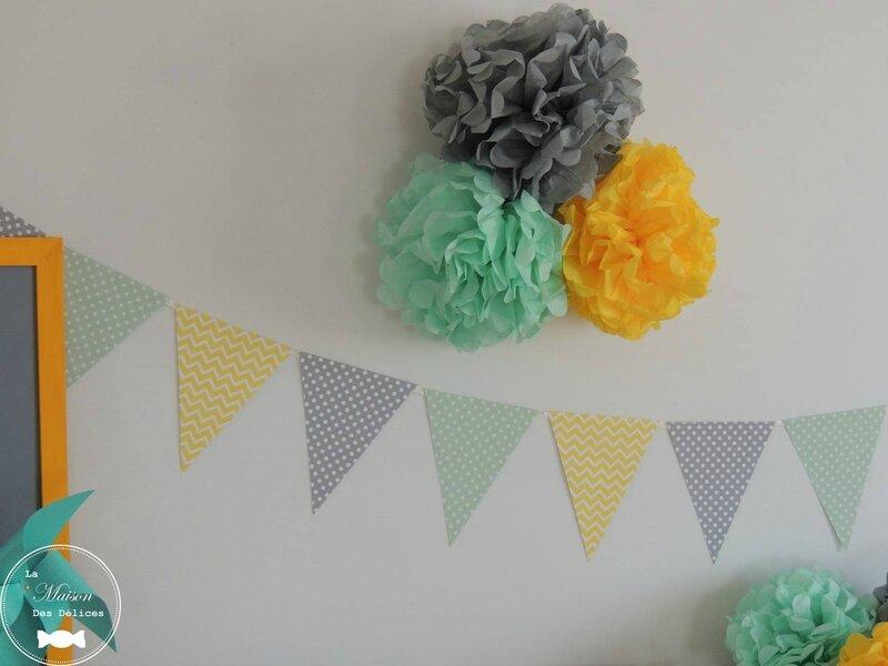 decoration pompon jaune vert mint gris mariage bapteme baby shower guirlande fanion guirlande fanion2