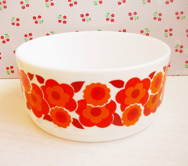 saladier-vintage-fleurs-orange-seventies-70's-serial-chineuse-adhésif-kitsch-kitchen