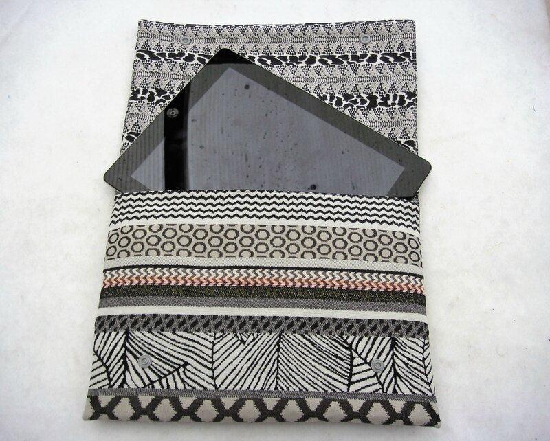 Housse tablette 10' ethnique gris