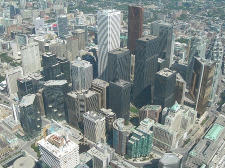 CN_tower_one