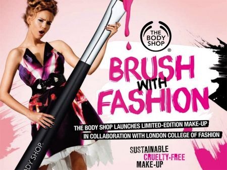 brush_with_fashion_1_537x402