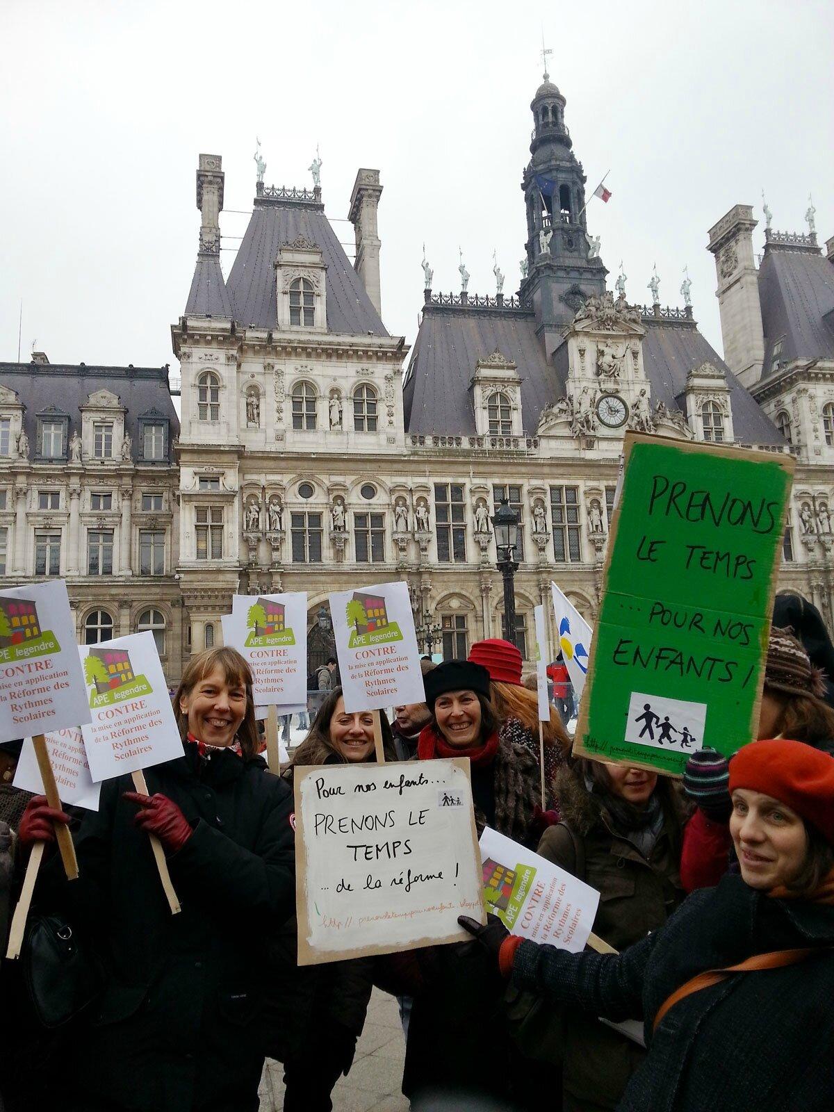 Rassemblement Hôtel de Ville 23/02/2013