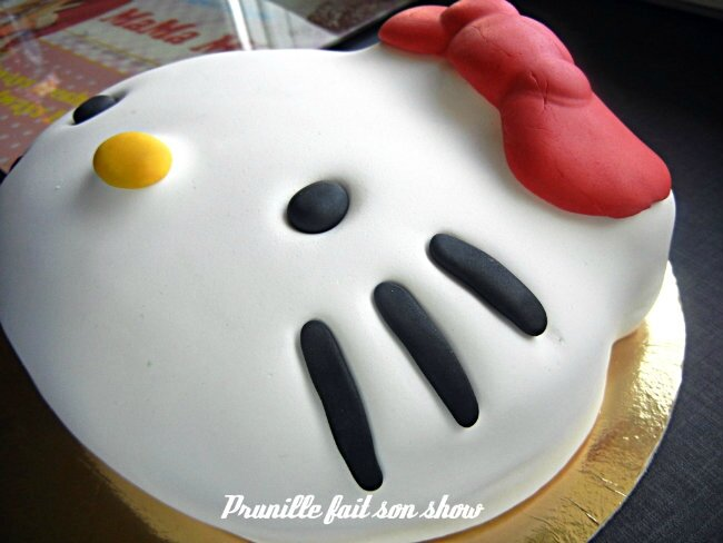 hello kitty cake prunillefee 2
