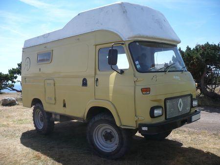 SAVIEM Renault TP3 aménagé camping car mont Aigoual (1)