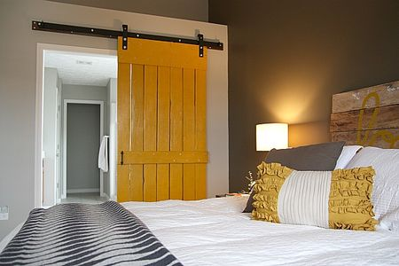 mb_barn_door