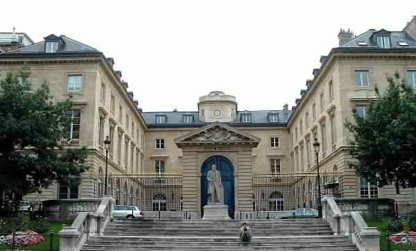 college-de-france-paris-1322077050