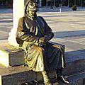 statue pélerin Plaza San Marcos