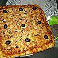 Pizzas au thon, thym, basilic avec pâte au grains de pavot !