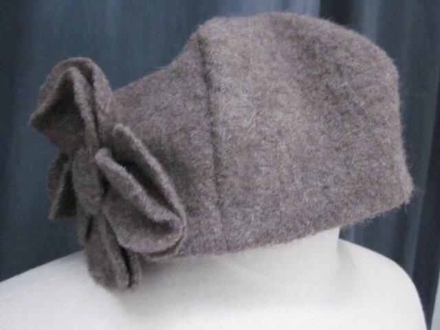 8 nouveaux chapeaux AGATHE en laine bouillie pour la boutique en ligne...