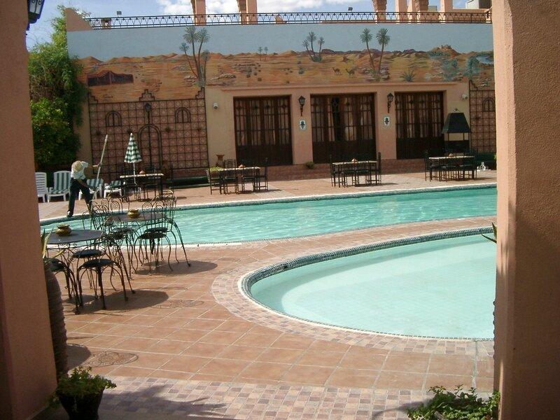 photo 6 piscines et restaurant