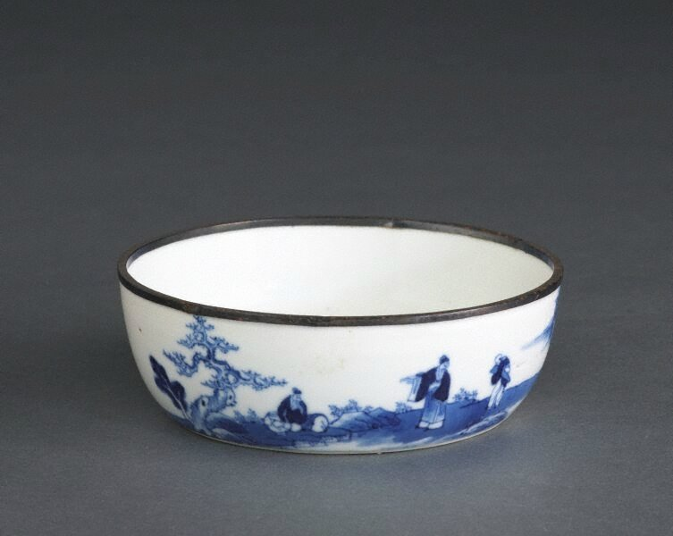 'Bleu de Hue' bowl with landscape painting and poem, 18th century-19th century, Qing dynasty (1644–1911), Export ware for Viet N
