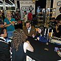 Des fans de Docteur Who sur le stand