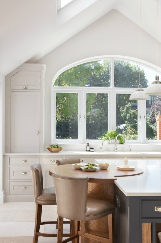 Barnes-Village-Luxury-Bespoke-Kitchen-Humphrey-Munson-8