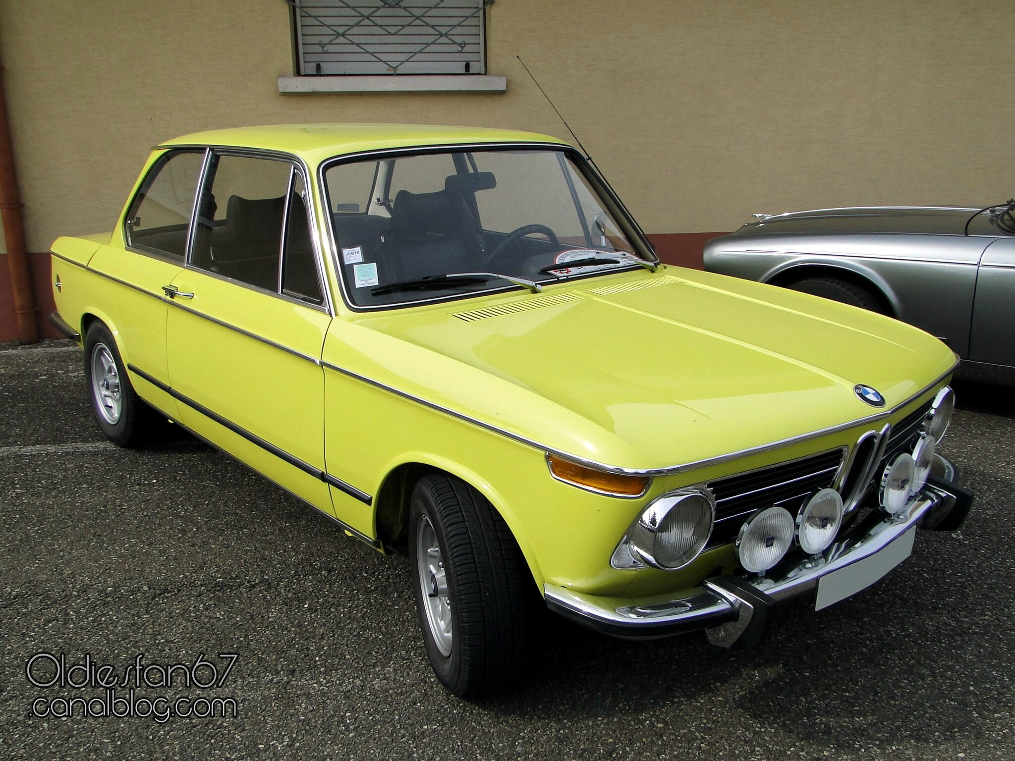 bmw 2002 tii 1971 1973 oldiesfan67 mon blog auto. Black Bedroom Furniture Sets. Home Design Ideas