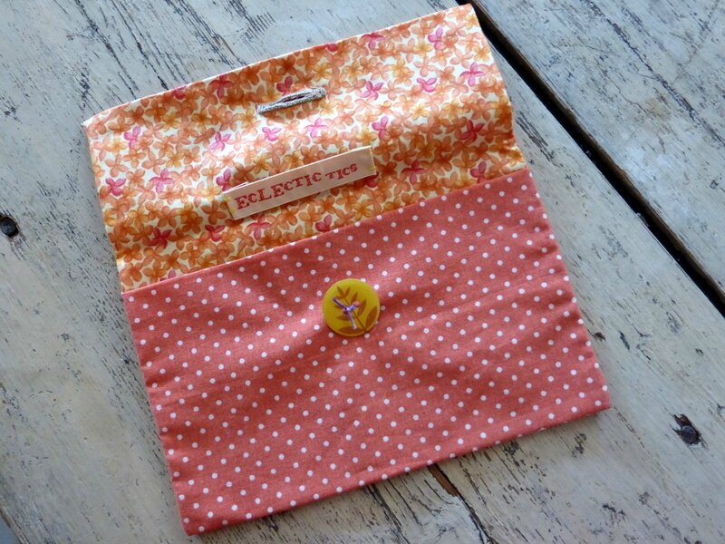 Trousse orange