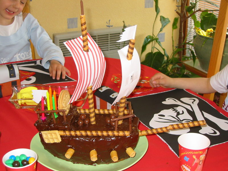 B Teau D 39 Anniversaire Pirate 6 Ans De Justin Flagrants