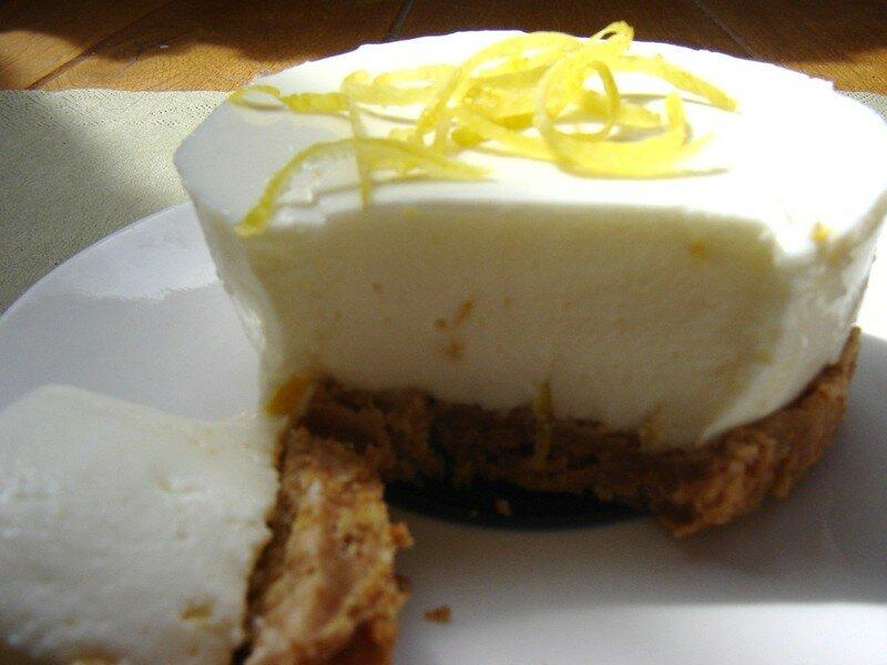 cheesecake frais au citron sans cuisson photo de les. Black Bedroom Furniture Sets. Home Design Ideas