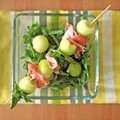 Brochettes de melon au jambon