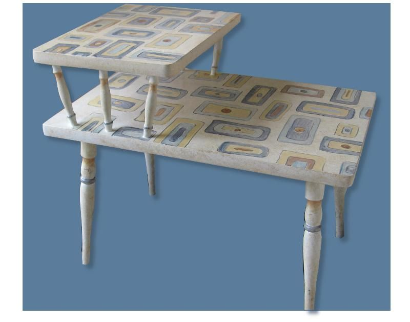 Vieille table de telephone photo de painted furniture - Table de telephone ...