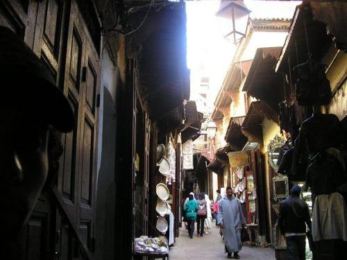 Rue marchande de la médina