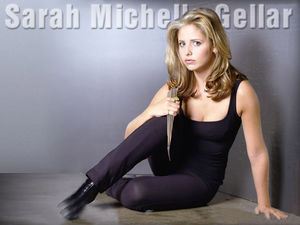 Sarah_20Michelle_20Gellar_20Buffy_1
